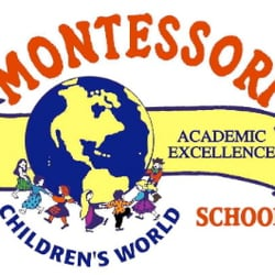 Children's World Montessori Logo
